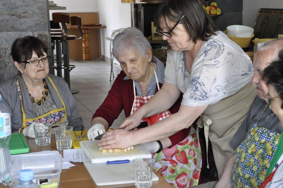 smacznie i zdrowo3 - Smacznie i zdrowo, czyli seniorzy gotują