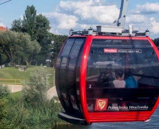 Kabina kolejki liniowej nad Odrą