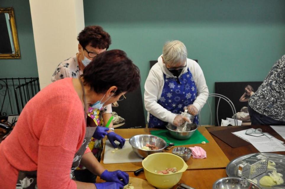 Seniorzy gotuja1 - Seniorzy gotują